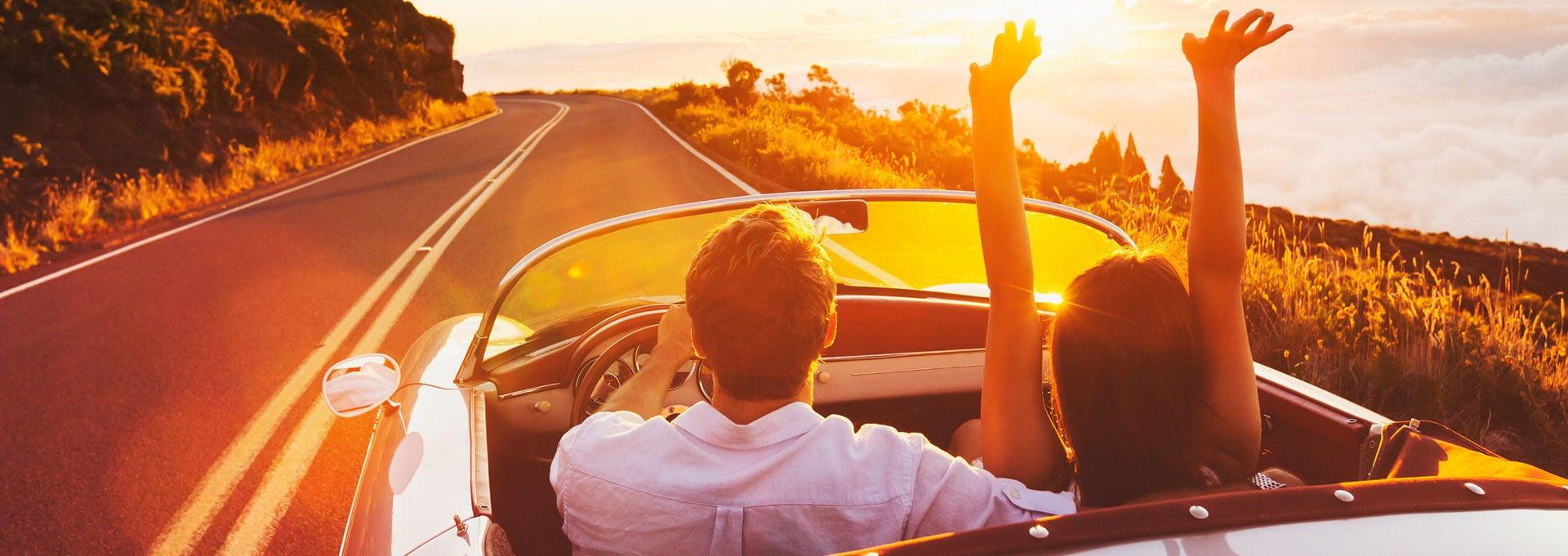 Glückliche Kunden mit Gebrauchtwagengarantie